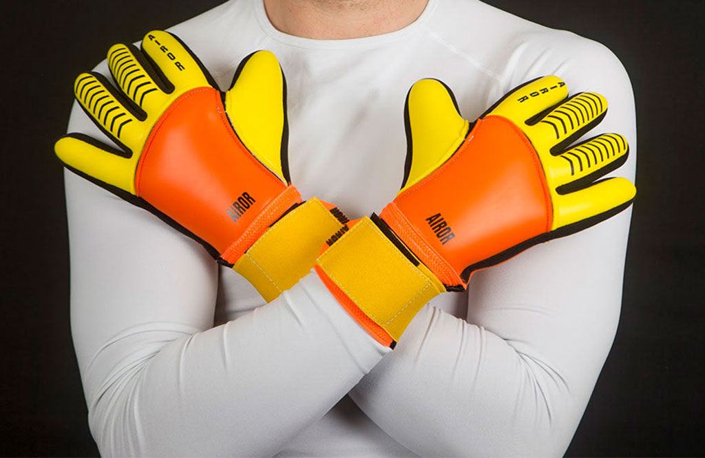 Solar AIROR Goalkeeping Gloves